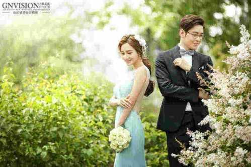 新娘盘头步骤 结婚当天简单大方新娘发型图片